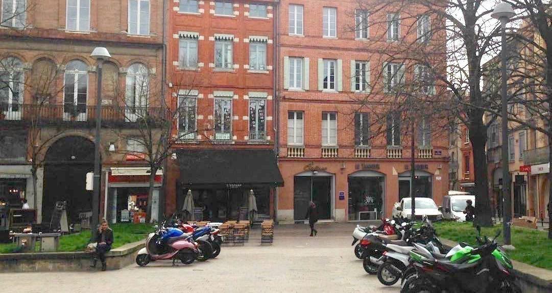 La place Saint-Georges dans le centre de Toulouse