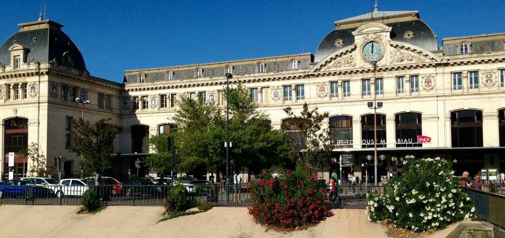 Hall départ de la gare Toulouse Matabiau