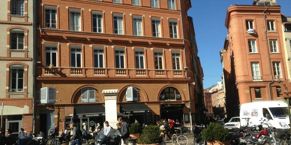 La Place Rouaix au centre de Toulouse