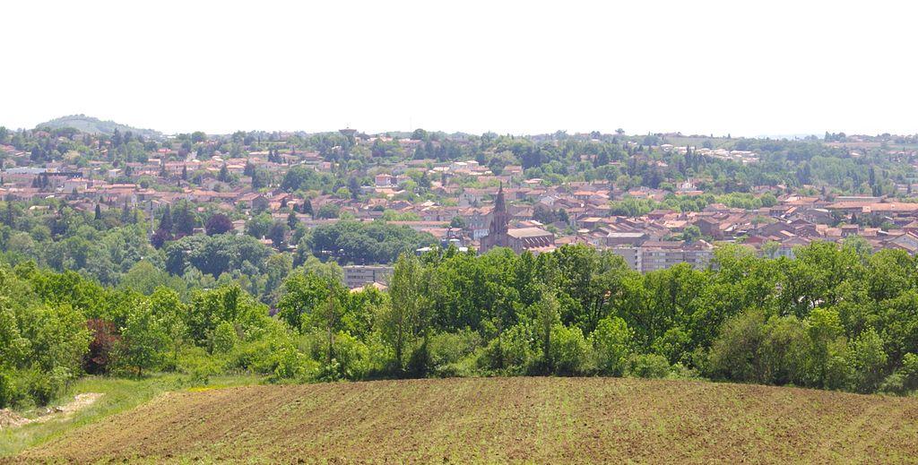 Vue générale de la ville de Carmaux, lieu de naissance de Paul Rivenc, dans le Tarn